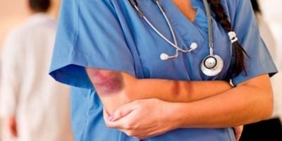 Günde 31 sağlıkçı şiddet görüyor