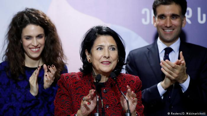 Gürcistan'ın ilk kadın cumhurbaşkanı Salome Zurabişvili oldu