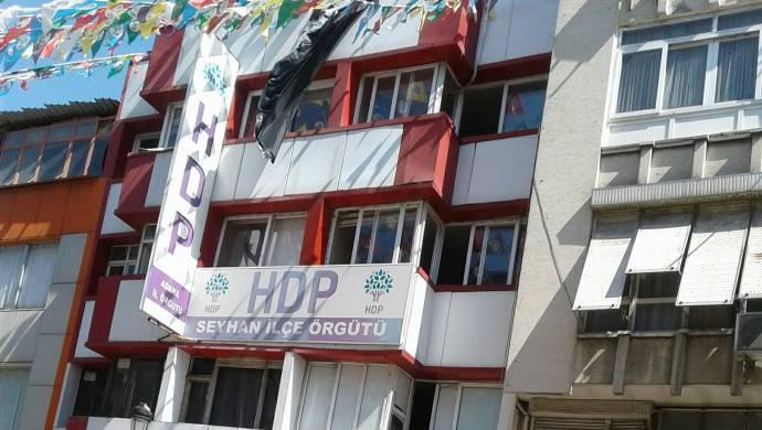HDP Adana binasına polis baskını