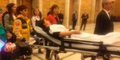HDP: Pervin Buldan'ın göğsüne tekmeyi AKP'li Gökçen Enç attı; şiddetle kınıyoruz!
