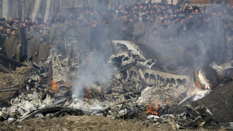 Hindistan ve Pakistan arasında savaş başladı, THY uçakları geri döndü