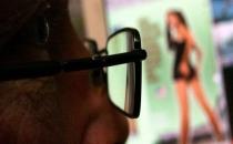 Hindistan'da tren istasyonlarında porno izlemek yasaklandı