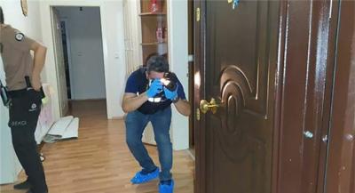 Hırsızlık için girdiği evde, ev sahibiyle göz göze geldi