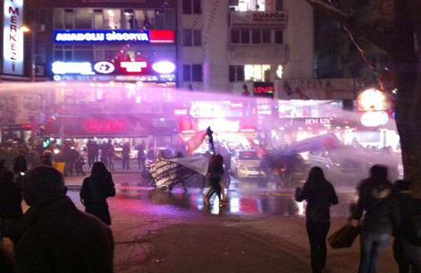 Hrant Dink anmasına polis müdahalesi!