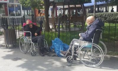 İBB: 'Kimsesizlerin hastane bahçesine bırakıldığı' doğru değil!