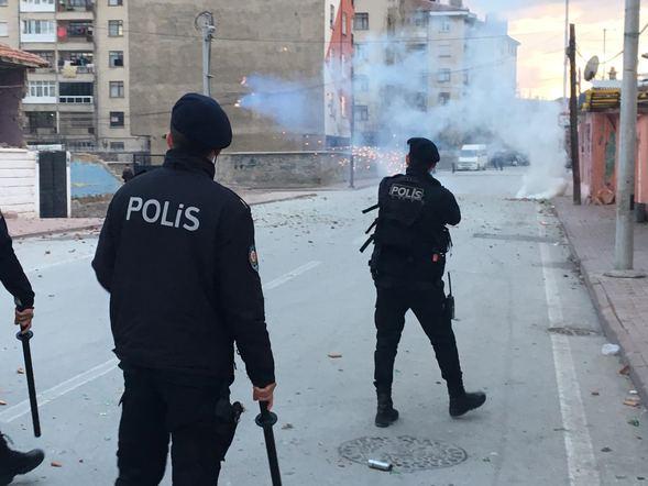 İki aile arasında çıkan kavgaya 200 polis müdahale etti