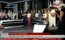 İMC TV binasına giren polisler yayını kesti! İşte o anlar...