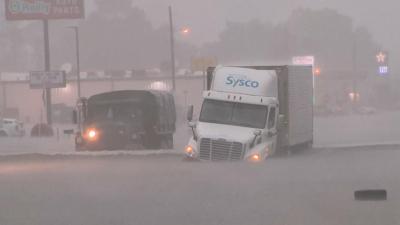 Imelda Tropik Kasırgası Texas'ta sele sebep oldu: 2 kişi öldü, bin kişi kurtarıldı