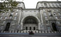 İngiltere'nin en eşcinsel dostu işvereni: MI5!