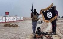 IŞİD kaçırdığı çocukları savaşta kullanıyor!