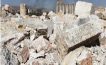 IŞİD'den alınan Palmira'da toplu mezar bulundu! 150 ölü..