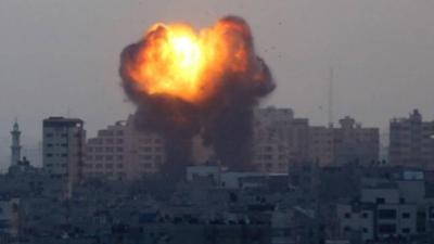 'İsrail, Gazze'de ayrım gözetmeden ve sorumsuzca hava saldırıları düzenliyor'