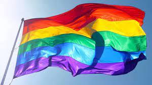 İtalya'da trans öğrencilere isimlerini seçme hakkı