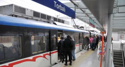 İzmir'de muhtarlara ulaşım ücretsiz olacak