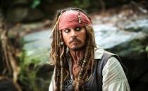 Johnny Depp hastaneye kaldırıldı!