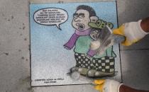 Kadıköy Belediyesi kaldırımlara karikatür döşüyor!