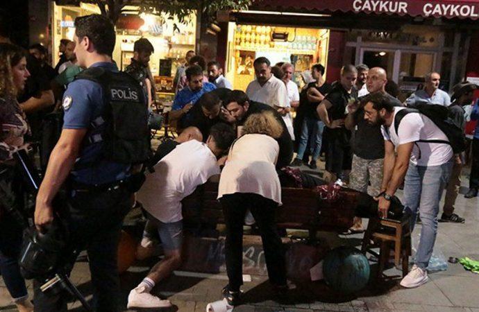 Kadıköy'de kayyım protestosuna bıçaklı saldırı: 1 kişi ağır yaralandı
