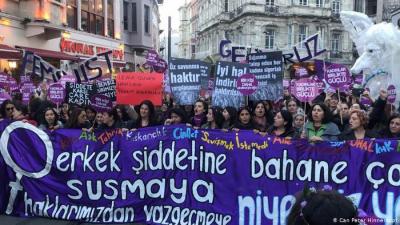 Kadınların 25 Kasım yürüyüşü yasaklandı