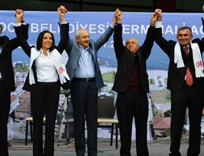 Kılıçdaroğlu dershanelerin kapatılmasına karşı çıktı!