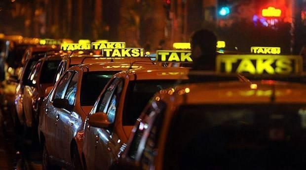 Kısa mesafeye yolcu almayan taksi sürücüsü gözaltına alınıp trafikten men edildi