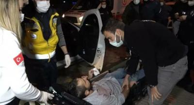 Kısıtlamayı ihlal eden boksör, DHA muhabirinin burnunu kırdı