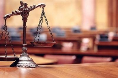 'Kız 18'inde gösteriyor' deyince mahkeme suçsuz buldu