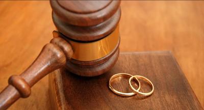 Konya'da eşinin cinsel içerikli görüşmelerini ortaya çıkaran kadına tazminat