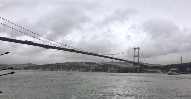 Köprüde intihar girişiminde 'atla' diye bağıranlara hapis!