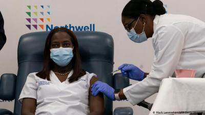 Koronavirüs: Tek doz aşı yeterli mi? Uzmanlar açıkladı...