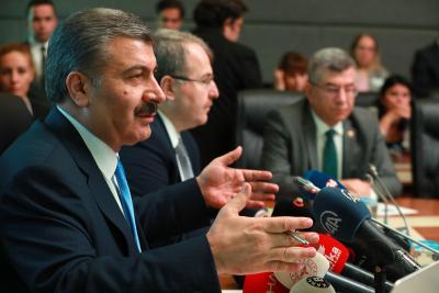 Sağlık Bakanı: Vaka sayısı 20 bin 901, can kaybı 425'e yükseldi
