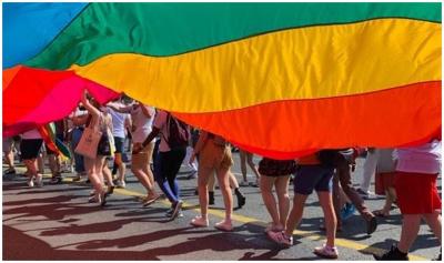 Kosta Rika'da eşcinsel evlilik yasal kabul edildi