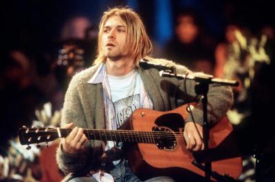 Kurt Cobain'in 6 saç teli açık artırmaya çıkarıldı