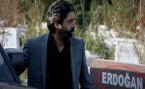 Kurtlar Vadisi'nde 'Erdoğan' yazılı mezar taşı tartışma yarattı!