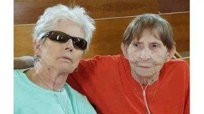 Lezbiyen kadın ölen eşiyle resmi nikah kıydı