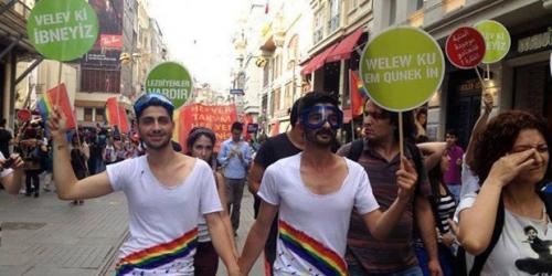 LGBT destek istedi!