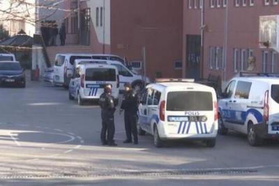 Lisede güvenlik görevlisi müdürü vurdu, öğrenciler okuldan tahliye edildi