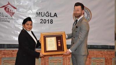 Madalyalı komiser yasa dışı bahis operasyonundan tutuklandı