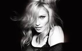 Madonna'dan Obama'ya sert tepki! Uzak dur...