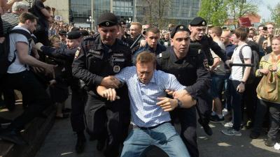 Mahkeme, Rus muhalif lider Navalny'nin tutukluluğunun devamına karar verdi
