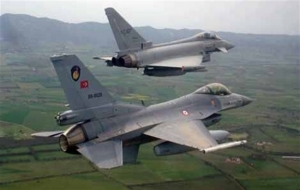Malatya'da iki askeri uçak düştü: 4 ölü!