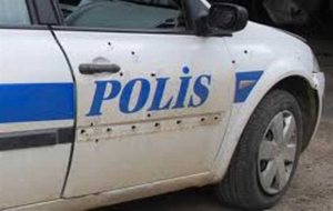 Mardin'de polis aracına saldırı! 2 polis ağır yaralı...