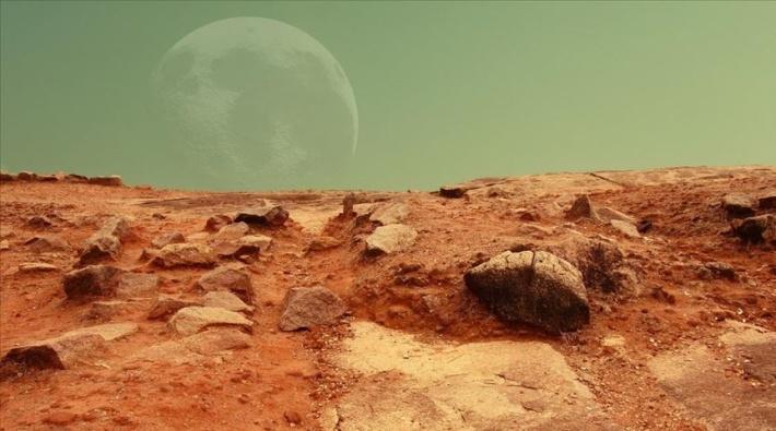 'Mars'a gidecek ilk insan bir kadın olabilir'
