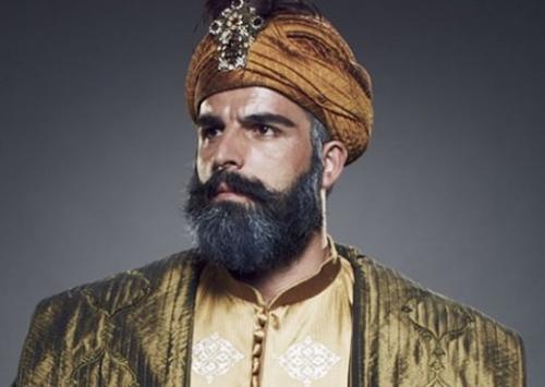 Mehmet Akif Alakurt oyuncuyu hastanelik etti!