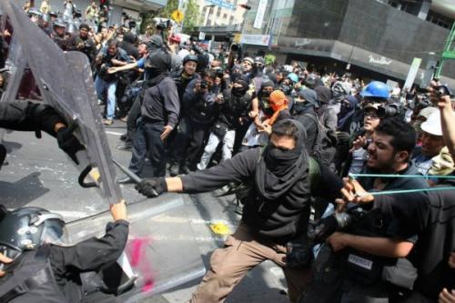 Meksika'da çatışma!