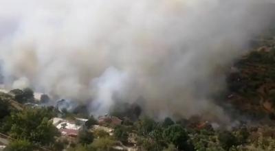 Mersin Anamur'da çıkan yangın nedeniyle 50 hane boşaltıldı