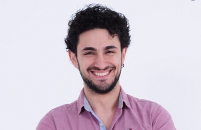 Mert Palavaroğlu'nun sunumuyla Lafazan Show hız kesmeden devam ediyor