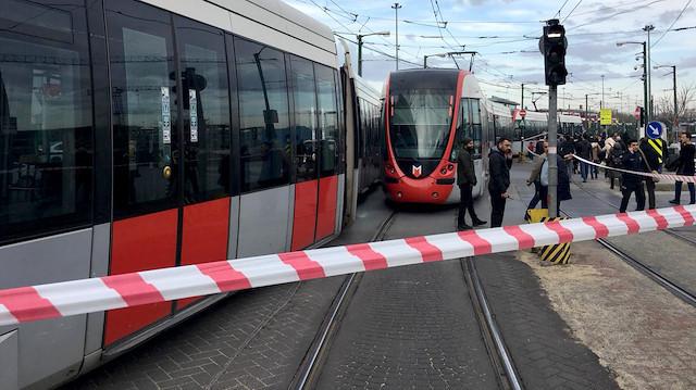 Merter'de tramvay yayaya çarptı