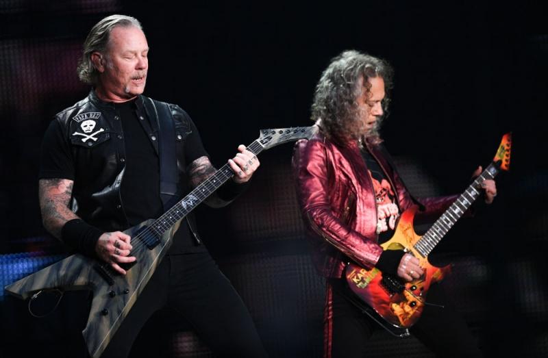 Metallica Moskova'da Rusça söyledi