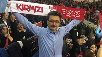 MHP'li ilçe başkanı evinde tabancasıyla intihar etti