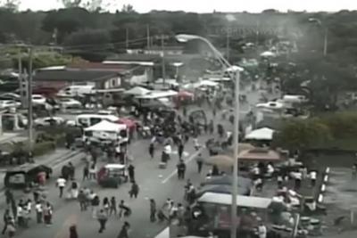 Miami'de kalabalığa ateş açıldı: 8 yaralı